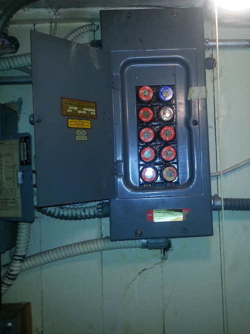 old buss fuse box electrical wiring for manufacturing equipment installation ...